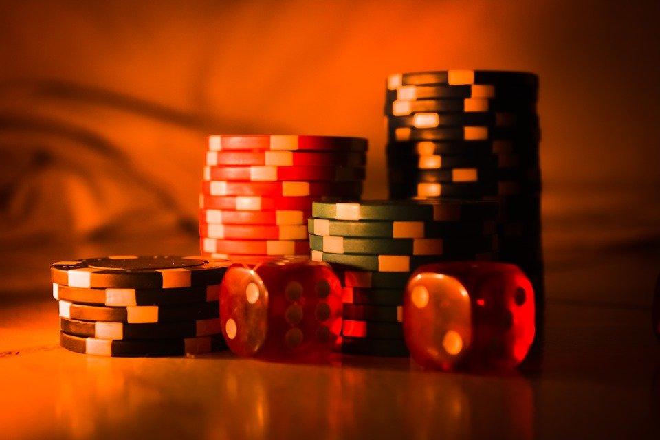 casino 2623950 960 720 - Nettikasinoarvostelut: Jännitys vain kasvoi