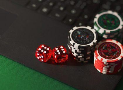 dice 5012425 1280 420x307 - Nettikasino: kasinoiden uusi versio