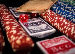 poker 1264076 960 720 322x230 - Kasinon ilmaispelit ja kasinopelit