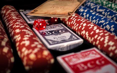 poker 1264076 960 720 464x290 - Kasinon ilmaispelit ja kasinopelit
